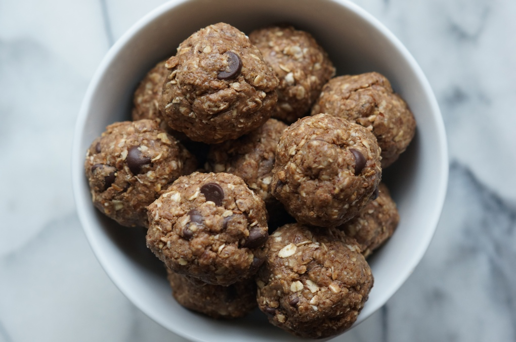 Chocolate Maple Almond Butter Energy Balls