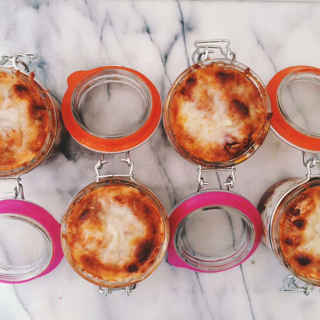 protein packed noodle-less turkey veggie lasagna in a jar